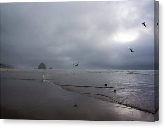 Canvas Print featuring the photograph Oregon Coast by Robert McKay Jones