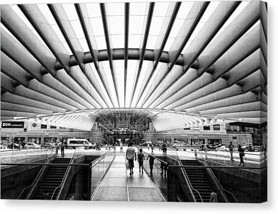 Oriente Station Canvas Print