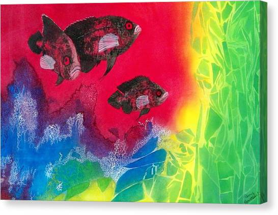 Oscars In Aquarium Canvas Print by Terry Honstead
