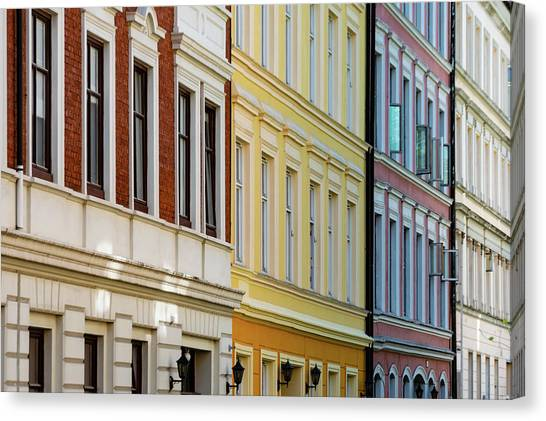 Canvas Print - Oslo 1 by Steven Richman