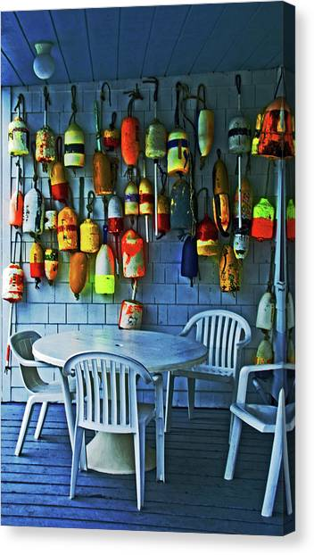 Outdoor Cafe, Block Island, Ri Canvas Print
