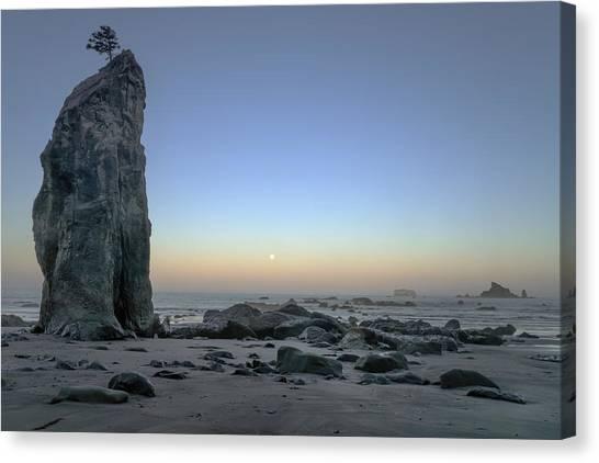 Pacific Coast Moonset  Canvas Print by Geoffrey Ferguson