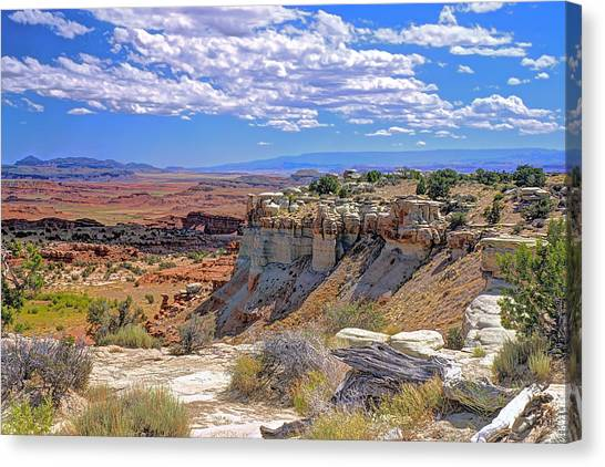 Painted Desert Of Utah Canvas Print