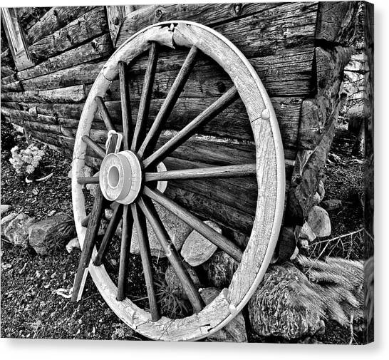 Rustic Canvas Print - Painted Wagon by Ed Boudreau
