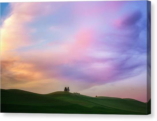 Palouse Cirrus Rainbow Canvas Print