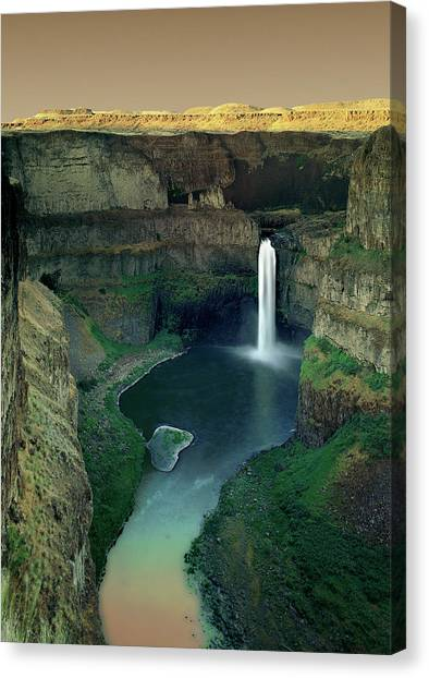 Palouse Falls Canvas Print by Jerry McCollum
