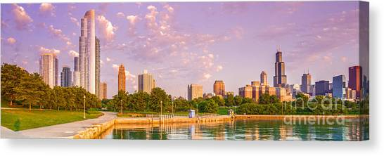 Panorama Of South Side Of Chicago Skyline And One Museum Park From Shedd Aquarium - Chicago Illinois Canvas Print