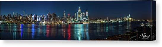 Panoramic Skyline-manhattan Canvas Print
