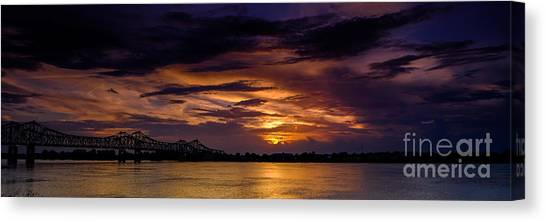 Canvas Print featuring the photograph Panoramic Sunset At Natchez by T Lowry Wilson