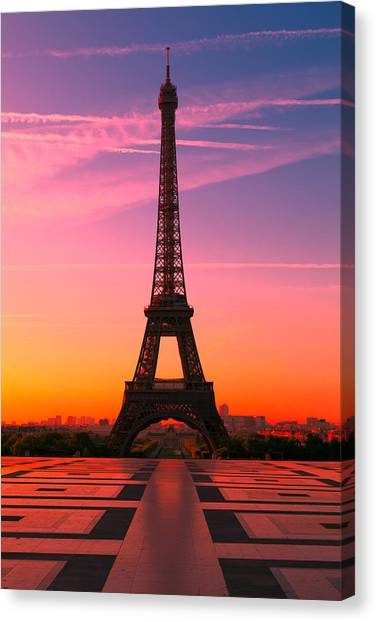 Eiffel Tower Canvas Print - Paris 15 by Tom Uhlenberg