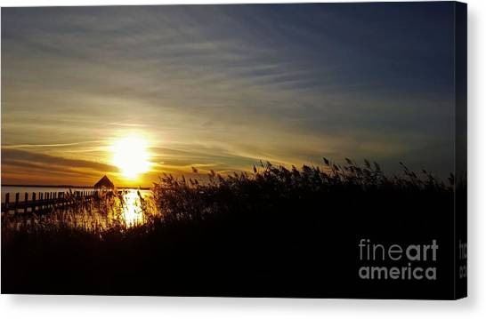 Canvas Print featuring the photograph Park Sunset 3 by Patti Whitten