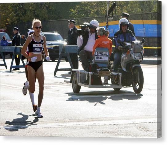 Paula Radcliffe 2007 Ing Nyc Marathon 2 Canvas Print