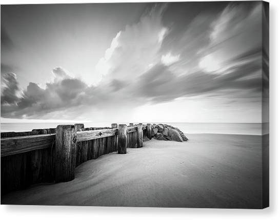 Groin Canvas Print - Pawleys Island Groin Sunrise Bw by Ivo Kerssemakers