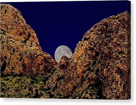 Peak Full Moon H03 Canvas Print