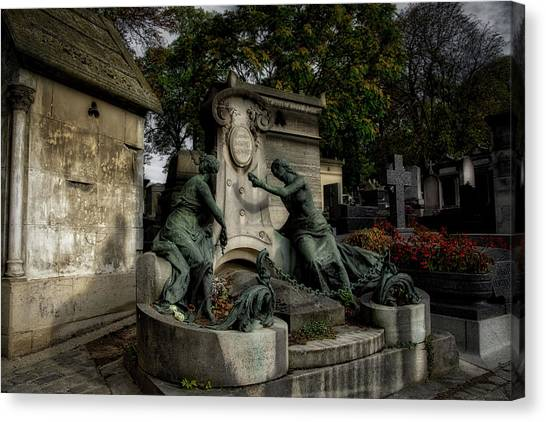 Pere Lachaise Tomb Canvas Print