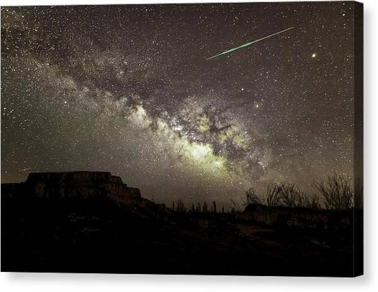 Perseids Milky Way Canvas Print