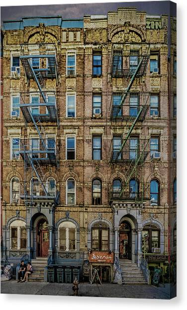 Canvas Print featuring the photograph Physical Graffiti by Chris Lord