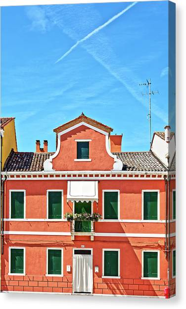 Picturesque House In Burano Canvas Print