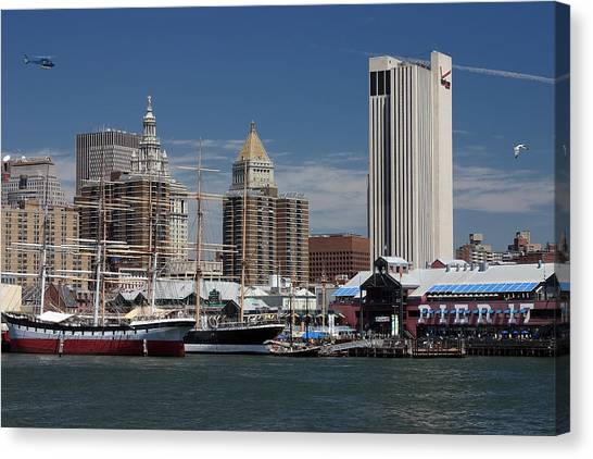 Pier 17 Nyc Canvas Print