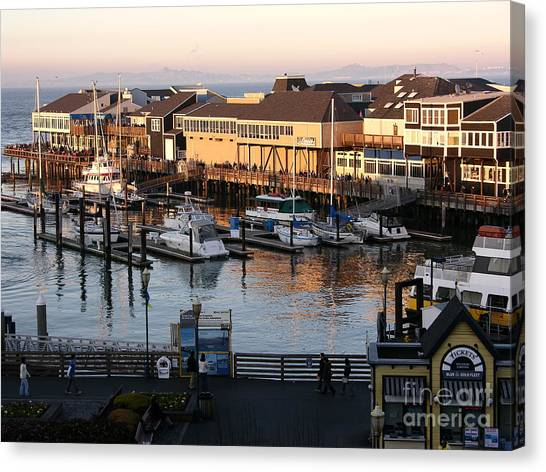 Canvas Print - Pier 39 In The Sunshine by Carol Groenen