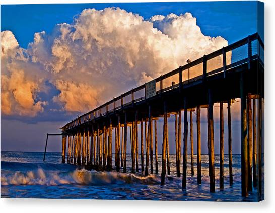 Pier At Sundown In Ocean City Canvas Print