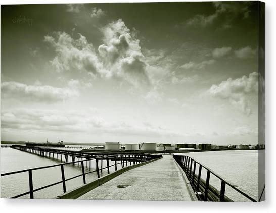 Pier-shaped Canvas Print