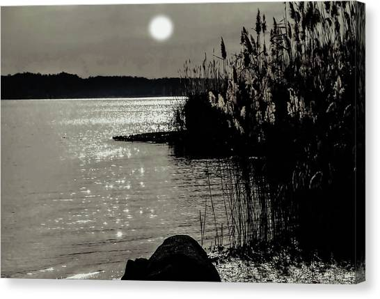 Canvas Print featuring the photograph Piermont Hudson River View by Roger Bester