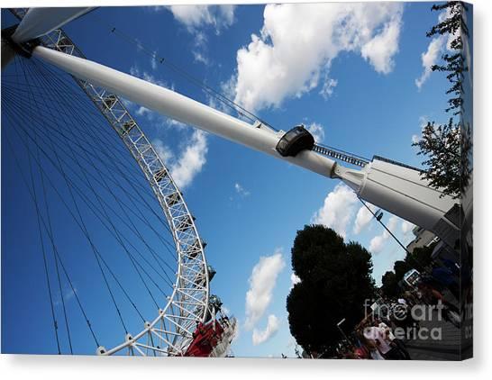 Pillar Of London S Ferris Wheel  Canvas Print