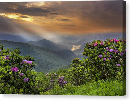 Pinnacle Sunset  Canvas Print