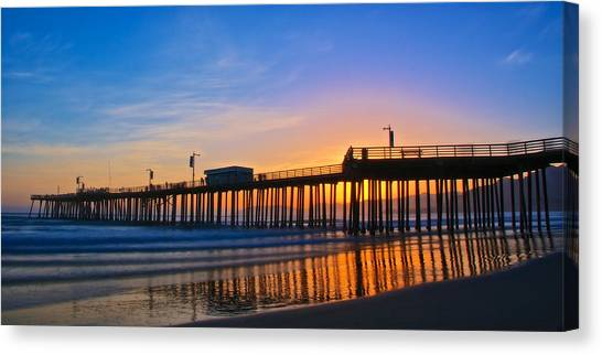Pismo Beach And Pier Sunset Canvas Print
