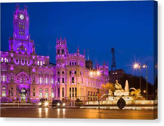 Plaza De Cibeles In Madrid Canvas Print