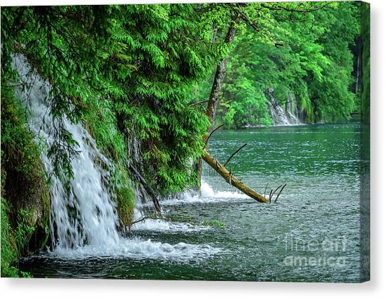 Plitvice Lakes National Park, Croatia - The Intersection Of Upper And Lower Lakes Canvas Print