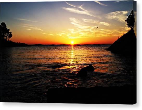 Plum Cove Beach Sunset G Canvas Print