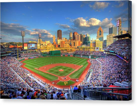 Roberto Clemente Canvas Print - Pnc Park by Shawn Everhart