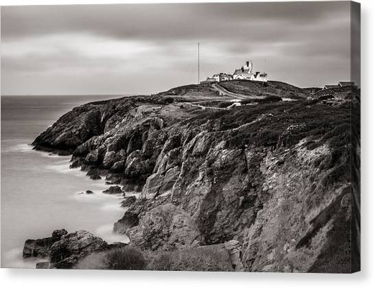 Point Lynas Lighthouse In Llaneilian On Anglesey Canvas Print