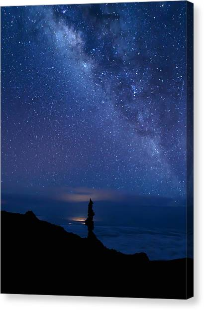Pointing To The Heavens Canvas Print