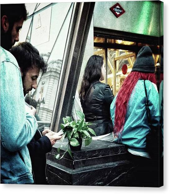 Madrid Canvas Print - Pothos Moment #streetmagazine by Rafa Rivas