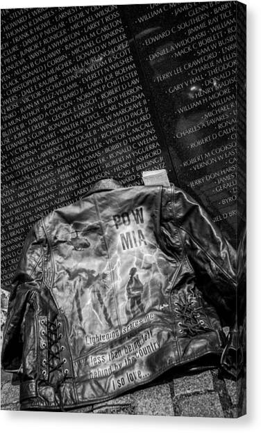 Pow Mia Never Forget Canvas Print