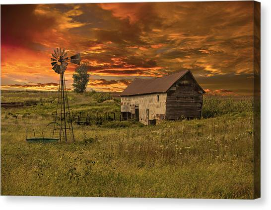 Prairie Barn Canvas Print