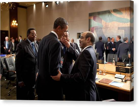 Bswh052011 Canvas Print - President Obama Talks With Ethiopian by Everett