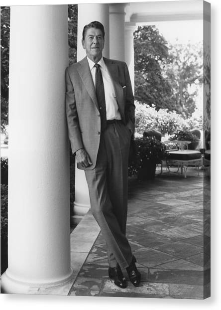 Republican Presidents Canvas Print - President Reagan Outside The White House by War Is Hell Store