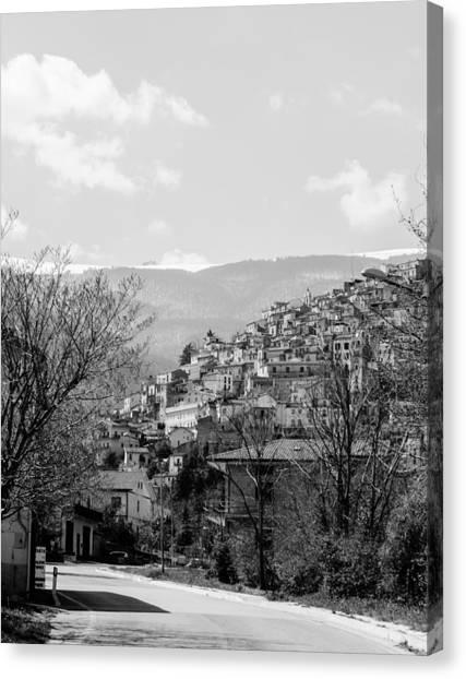 Pretoro - Landscape Canvas Print