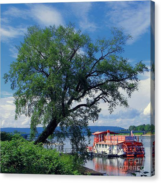 Pride Of The Susquehanna Canvas Print