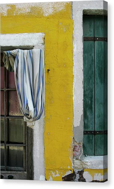 Primary Colours Of Burano Canvas Print