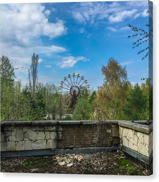 Canvas Print featuring the photograph Pripyat Ferris Wheel In Chernobyl by Chris Feichtner