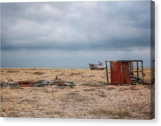 Projekt Desolate The Triple Canvas Print by Stuart Ellesmere
