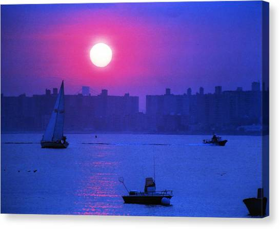 Purple Sunset Off Breezy Point Bayside Canvas Print