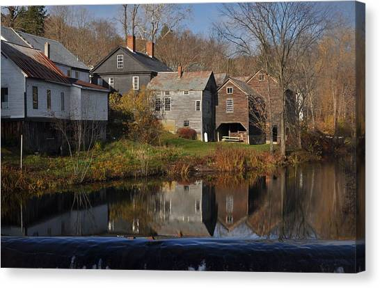 The Wikipedia Photo Of Putney Vt Canvas Print