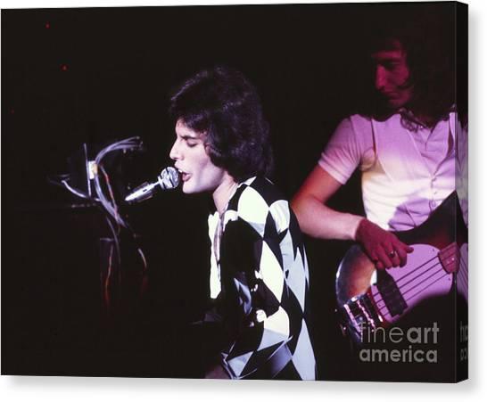 Queen 1975 Freddie Mercury Canvas Print