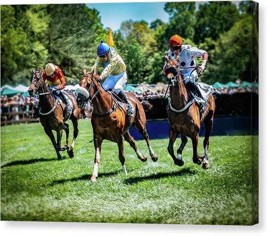 Racing Down The Stretch Canvas Print